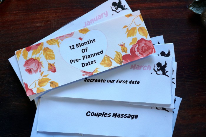 12 Months Of Dates Wedding Gift: 12 Months Of Pre-Planned Dates
